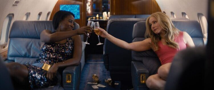 Kirby Howell-Baptiste and Kristen Bell in Queenpins